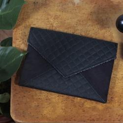 Clutch bag Letter black quilted