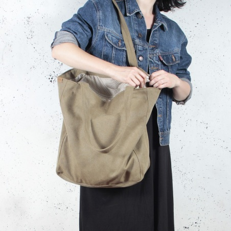 Lazy bag torba khaki na zamek