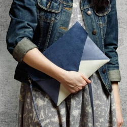 Clutch bag Letter navy blue ecru blue