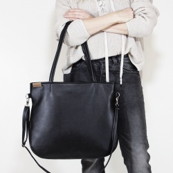 Pacco bag black shoulder bag with zipper